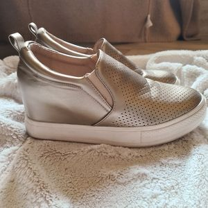 Wanted Gold Wedge slip on shoes Size 8.5
